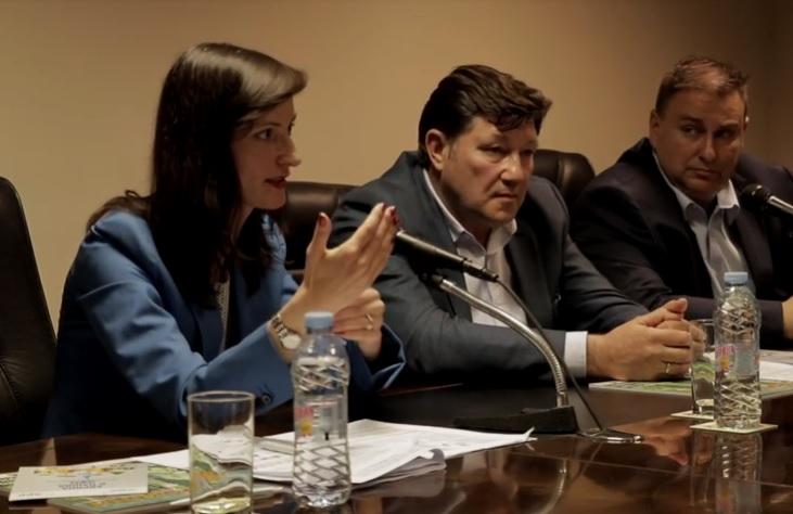 По покана на АЗПБ Мария Габриел се срещна със земеделски производители в Добрич